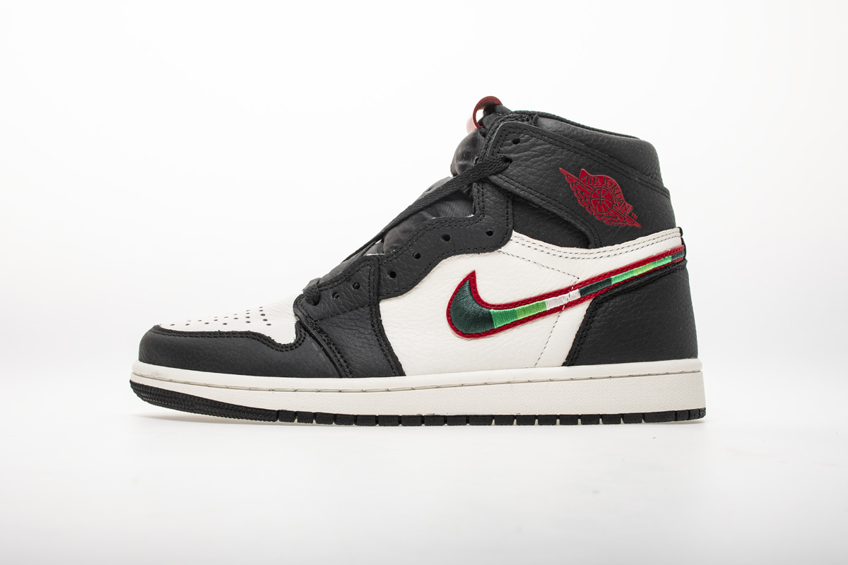 Air Jordan 1 Retro High OG 'A Star Is Born' 555088 015